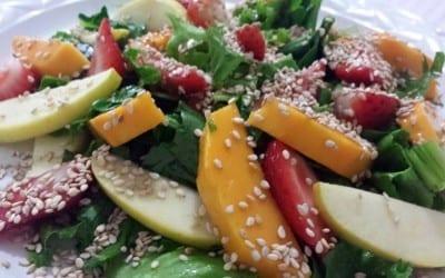 ensalada-de-frutas-con-ajonjoli