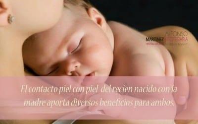 Importancia del contacto piel con piel madre e hijo al nacer