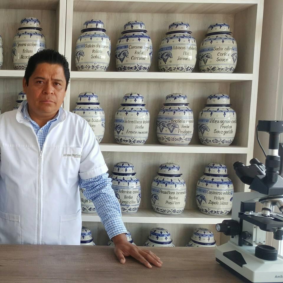 Alfonso Martínez es especialista en fitoterapia