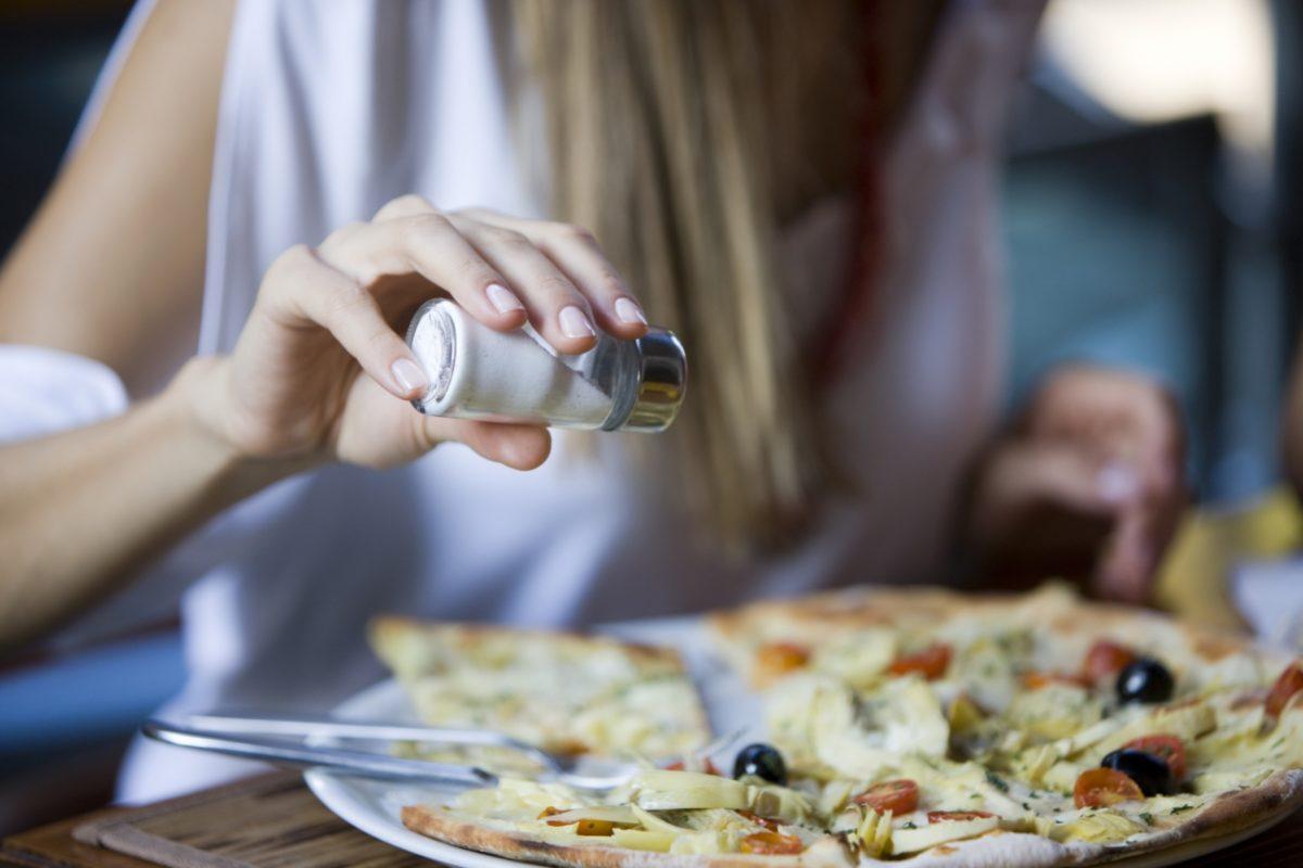 Alimentos ricos en sal.