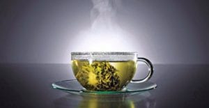 Té verde, negro y blanco, todos de una planta.