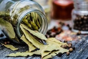 Beneficios de las hojas de laurel